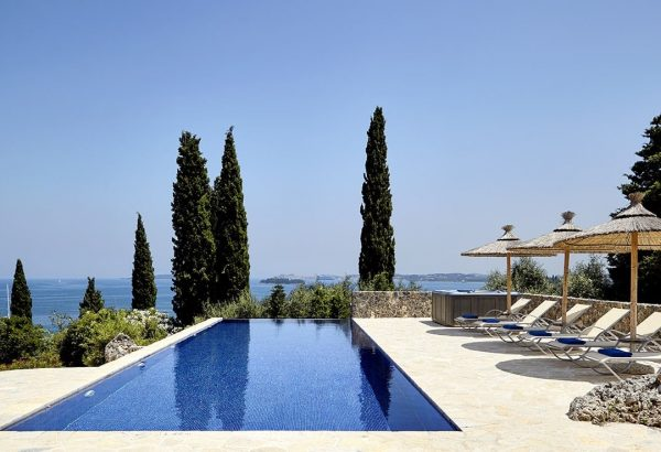 Esonite - Villa with pool and jacuzzi in Corfu